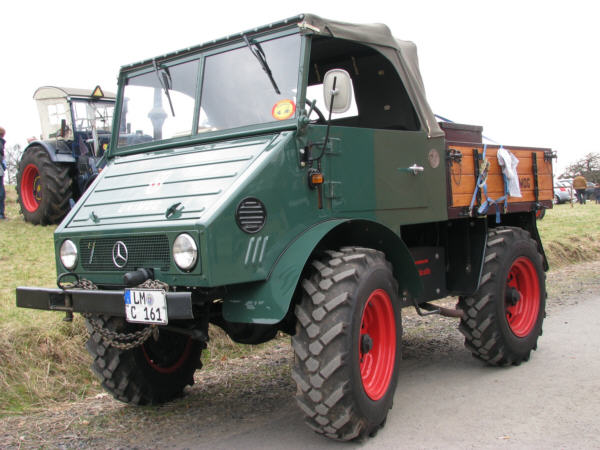 Unimog 401 1000+ images about Dai...