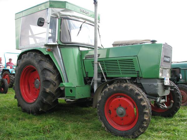 traktoren fendt farmer 3s und farmer 3sa. Black Bedroom Furniture Sets. Home Design Ideas