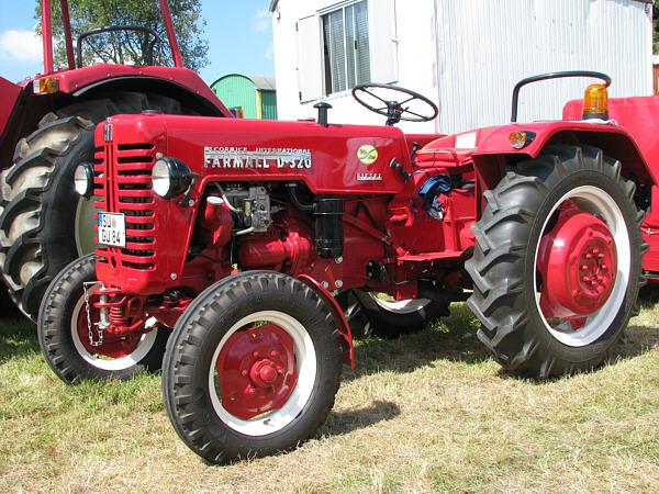 Mc cormick d320