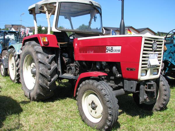 traktoren gebraucht landtechnik traktoren landmaschinen. Black Bedroom Furniture Sets. Home Design Ideas